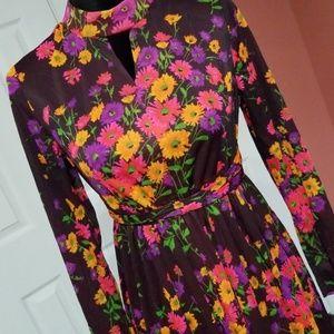 Dresses & Skirts - Floral Vintage Dress